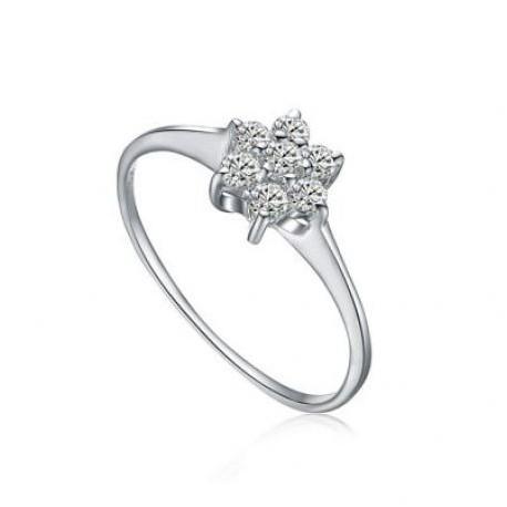 Anel de prata com pedras