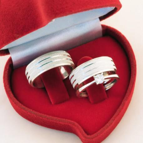 Alianças de Compromisso Fosca e anel solitário em prata